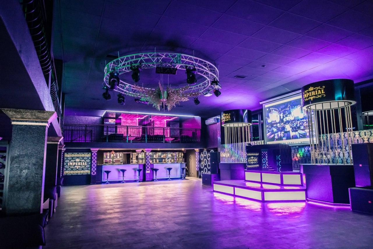 http://www.form-at.ru/assets/images/USLUGI/Night-club/2-dizain-nochnogo-cluba.jpg